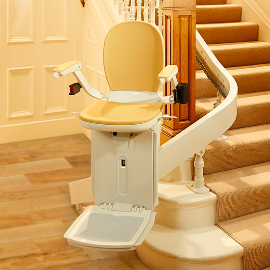 The Acorn 180 Curved stairlift on staircase